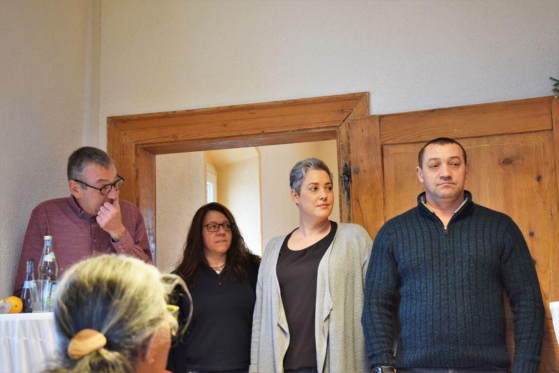 charity-adventstreffen 2019 bei willi offiziellespendenuebergabe vorstellung neuer heimmitarbeiter red-knights
