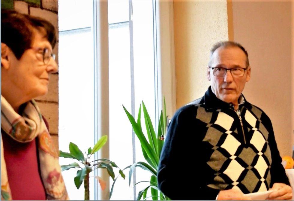 charity-adventstreffen 2019 bei willi und Inge spendenuebergabe red-knights