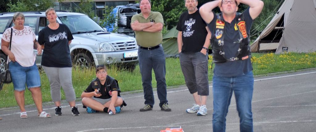 flying helmet sommerparty 2018 redknights germany1 fiasko zwei