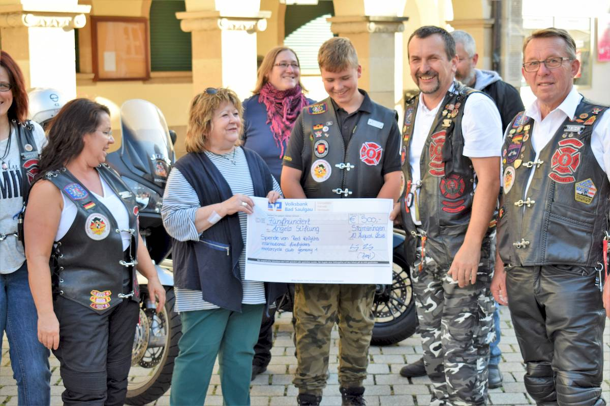 reknights germany1 charity work spendenuebergabe 2018